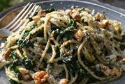 Recipe: Pasta with kale & walnut pesto